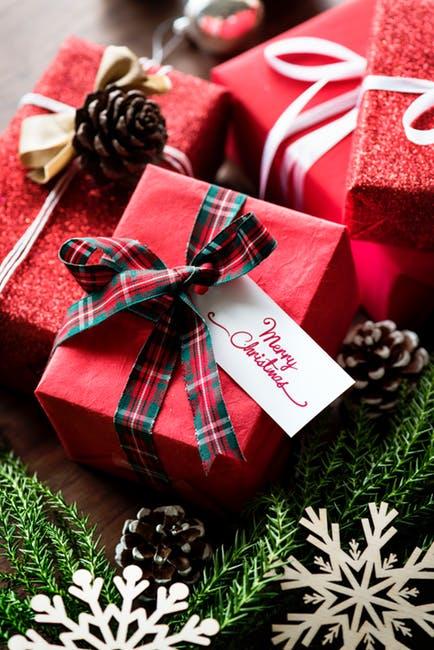 e7dcd7865322 Что подарить на Новый Год: много-много идей и советов!